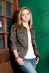 Hannah at Dean's Credit Clothing