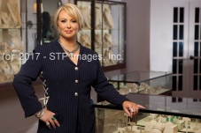 Lesley Ann Jewels 031 R WM